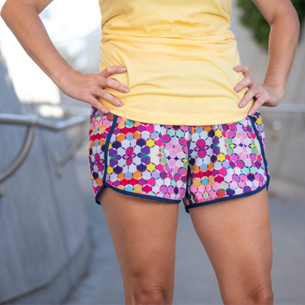 sparkle-athletic-geometric-running-shorts-cropped