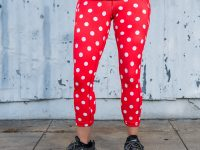model wearing polka dot running leggings